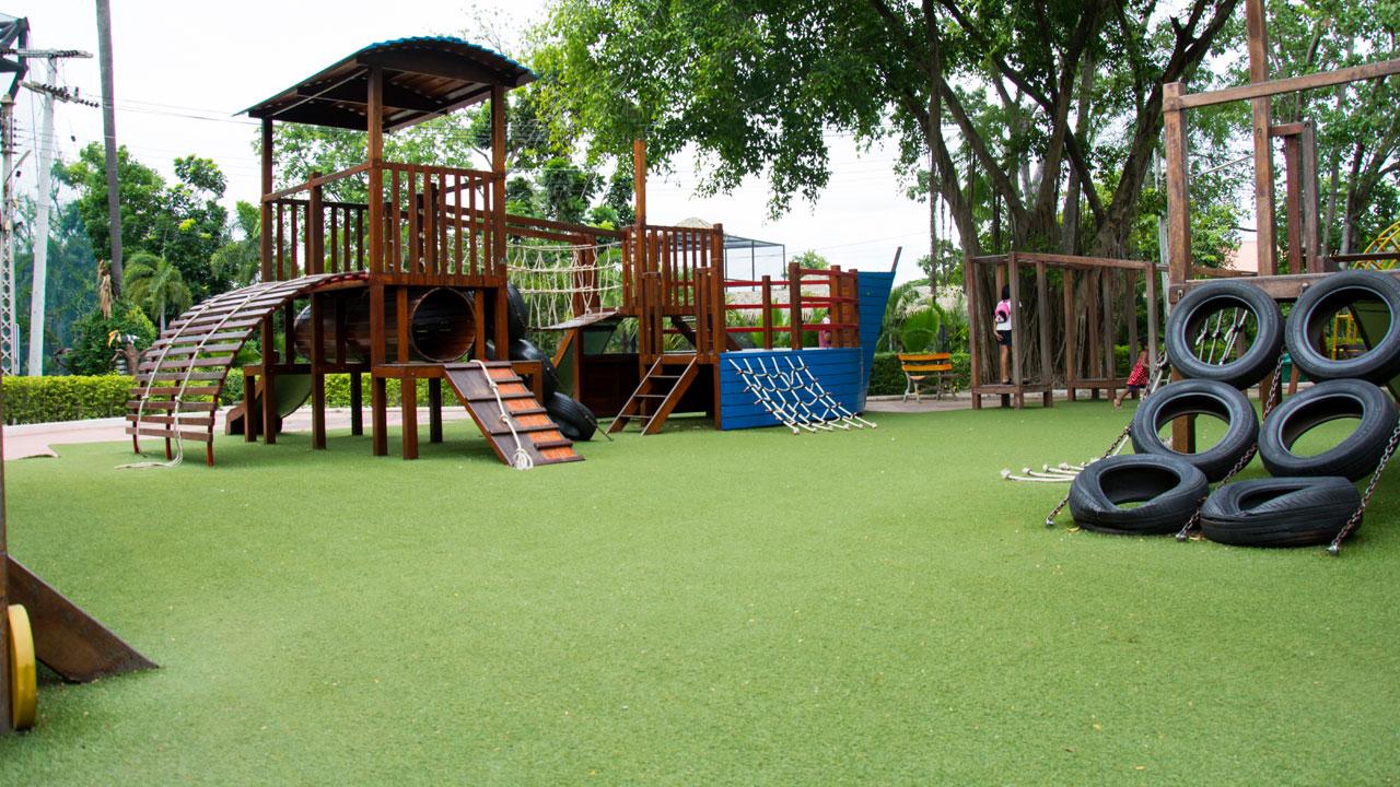 melhor piso de borracha para playground
