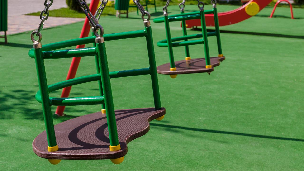 piso emborrachado infantil para playground limpo, com cores vibrantes e seguro